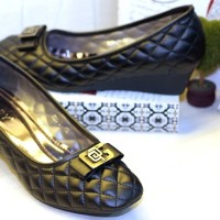 harga Sepatu Big Size wedges Ivory 825-21 Black Tokopedia.com