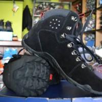 sepatu karrimor gunung mendaki tracking hiking avtech/eiger/tnf