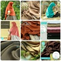 harga Hijab khimar jilbab segi empat Elmina kaira polos - 115cm Tokopedia.com