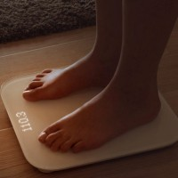 Xiaomi Mi Smart Scale Timbangan Badan Digital