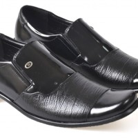 sepatu kerja / formal kulit pria hitam CBR SIX DYC 001 asli cibaduyut