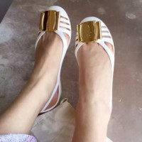 Jual JUAL FERRAGAMO BERMUDA JELLY FLAT SHOES MIRROR QUALITY WHITE PEARL Murah