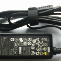 Adaptor Lenovo Mini / Charger netbook Lenovo S100 20V-2A