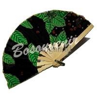Souvenir: Kipas Batik ukuran Sedang GJYR N9SI