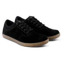 Varka V144 Sepatu Casual Pria bisa untuk santai, jalan, kuliah, kerja