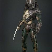 Hot Toys Falconer Predator