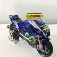 harga 2015 MOTOR GP YAMAHA VALENTINO ROSSI - SKALA 1:10 - MAISTO (DIECAST) Tokopedia.com