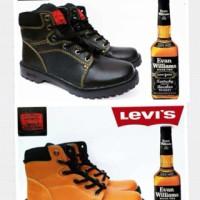 Sepatu boot pria,levis boot classic kulit premium BNIB