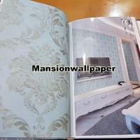 Wallpaper Dinding Klasik Batik Elegan