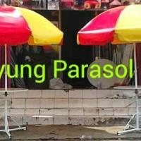 Payung promosi, payung stand cafe + meja + tripod ( Kaki Penunjang )