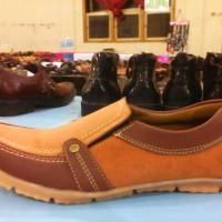 Sepatu Pria Slop Ocela