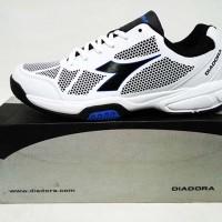 harga Sepatu tennis Diadora Galovin Mens White Blue original asli murah Tokopedia.com