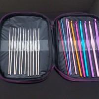 hakpen/alat rajut/crochet hook set isi 22 dengan case