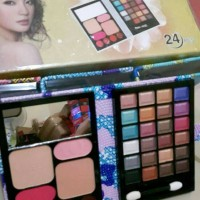 harga EYESHADOW BLASH ON NAKED 6 dompet palletr set make up kosmetik Tokopedia.com
