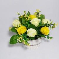 harga buket bunga artificial plastik pot shabby chic Tokopedia.com