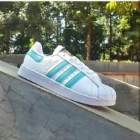 harga Adidas Superstar Hologram  Sepatu Cewek Sepatu adidas Tokopedia.com