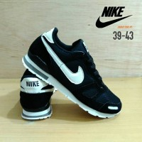 Sepatu Nike MD Runner Hitam / Nike Joging MD Runner Black