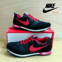 Sepatu Nike MD Runner Hitam Merah / Nike MD Runner Black