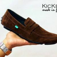 sepatu kickers slip on zevin brown suede