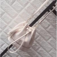 harga Tas Wanita Import IC86690 White Bucket Bag Rumbai Kulit Jeruk Zara Tokopedia.com