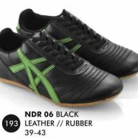 Sepatu kets futsal tali Pria/ sneakers/ sport/ casual/ running