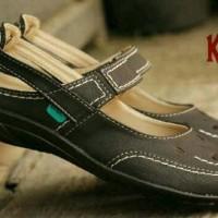harga Sepatu Sendal Wanita Casual Kerja Formal Santai Kickers Bahan Lembut Tokopedia.com