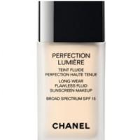CHANEL PERFECTION LUMIRE - LONG-WEAR FLAWLESS FLUID MAKEUP SPF 10