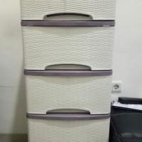Jual lemari plastik murah merk lily motif rotan 5 susun putih Murah