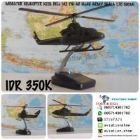 MINIATUR HELIKOPTER BELL-412 TNI-AD HIJAU ARMY SKALA 1:70 (18CM)
