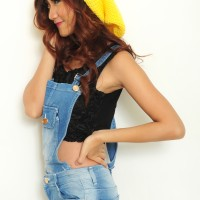 Topi Kupluk Rajut Kuning Cerah / Beanie Hat Okechuku