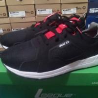 Sepatu LEAGUE vault 2.0 M
