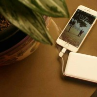100 % ORIGINAL POWER BANK 20000 MAH FOR IPHONE SAMSUNG OPPO - VEGER