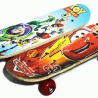 Papan Skateboard/ Papan Seluncur Anak Uk Sedang Motif
