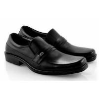 Sepatu Kulit Asli Pantofel Pria Cowok Kantor Kerja Formal SO474 Hitam