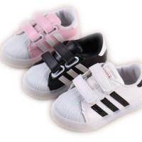Sepatu Lampu Adidos Stripe S167