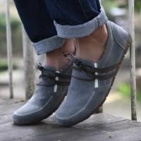 Sepatu Kickers Alexis Slip On Casual Pria Terbaru Best Seller Termurah