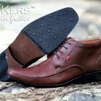 Sepatu Pria Pantofel Kantor Formal  Kickers High Tali Coklat *kulit