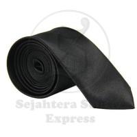 Dasi Silk Satin Istimewa Slim dan Standart Polos Kilap Warna Hitam