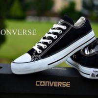 Jual Sepatu Converse Low Pria & Wanita Murah