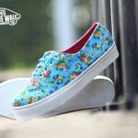 Sepatu sneakers gaul terbaru trendi wanita vans flower women