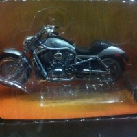 1:10 Die Cast Harley Davidson 2003 V-ROD 100th Anniversary
