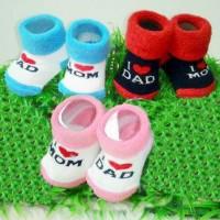 Kaus Kaki Pom Pom I Love Mom Dad Fluffy
