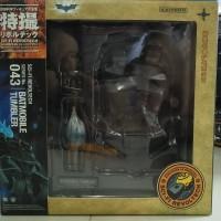 Revoltech Batmobile Tumbler Kaiyodo NEW KWS MIB Include Figure Batman