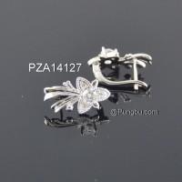 Anting putih model kupu2 PZA14127