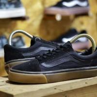 Sepatu pria sneakers skate nongkrong anak kuliah gaya vans oldschool