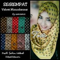 Jilbab Segiempat Satin Velvet Monochrome / Segiempat Satin / Segiempat