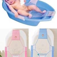 Baby bath helper adalah tempat tidur bayi khusus untuk mandi