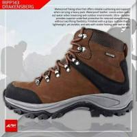 harga sepatu gunung ORIGIONAL  REI terlaris Tokopedia.com