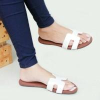 Sandal Sendal Wanita Santai Teplek Replika Hermes Putih