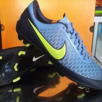 Sepatu Bola Nike Magista Biru-hitam